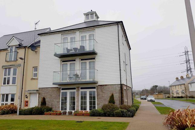 2 bed flat to rent in Y Corsydd, Llanelli, Sir Gaerfyrddin SA15