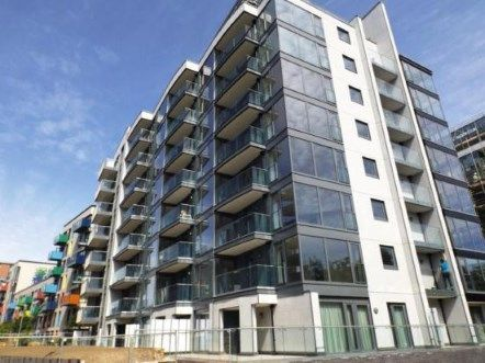 2 bed flat for sale in Egret Heights, Waterside Way, London
