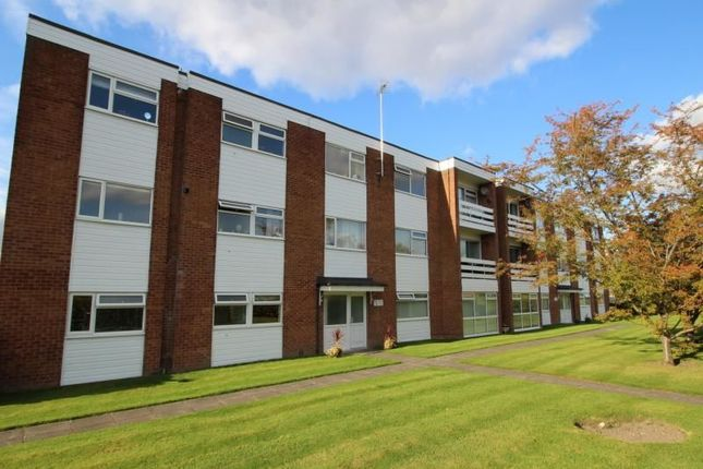 Thumbnail Flat to rent in Dairyground Road, Bramhall, Stockport