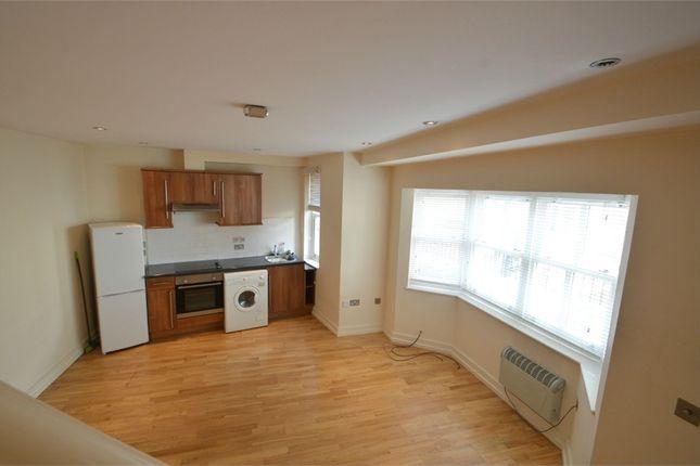 Thumbnail Flat to rent in Springfield Lane, Weybridge, Surrey