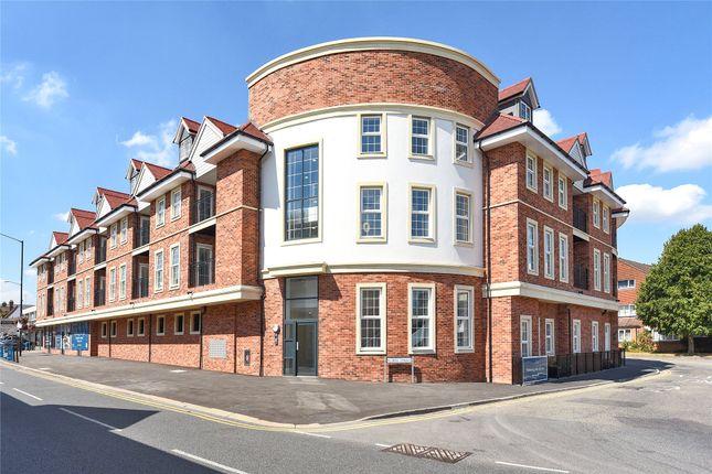 Thumbnail Flat to rent in Saxons Court, Peach Street, Wokingham, Berkshire