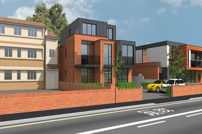 Thumbnail Flat for sale in Commonside West, Mitcham