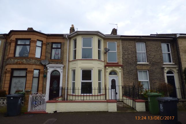 Thumbnail Terraced house to rent in Queens Road, Great Yarmouth