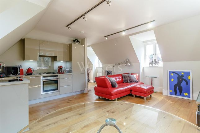 Thumbnail Flat for sale in Nightingale Court, The Galleries, Warley, Brentwood