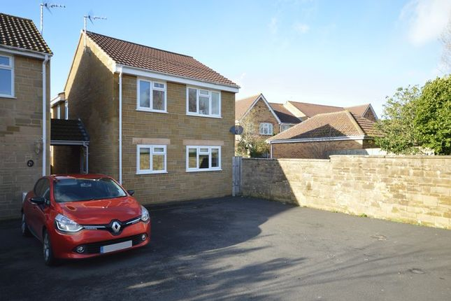3 bed detached house to rent in Birch Road, Martock TA12