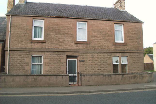 Thumbnail Flat to rent in High Street, Rattray, Blairgowrie