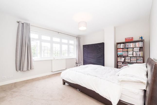 Rent A Room With Own Bathroom Upminster