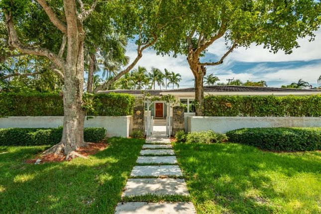 Thumbnail Property for sale in 140 S Prospect Dr, Coral Gables, Florida, United States Of America