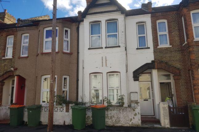 Thumbnail Flat for sale in Otley Road, Custom House