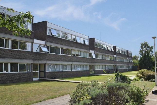 Thumbnail Flat for sale in Chichester Court, Chessington Road, Epsom