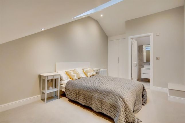 3 bed end terrace house for sale in Whateley Road, Dulwich SE22