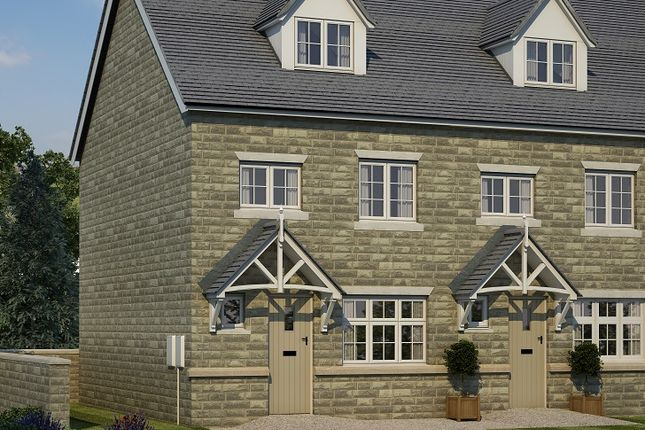Thumbnail Town house for sale in Woodlands, Calverley Lane, Leeds, West Yorkshire