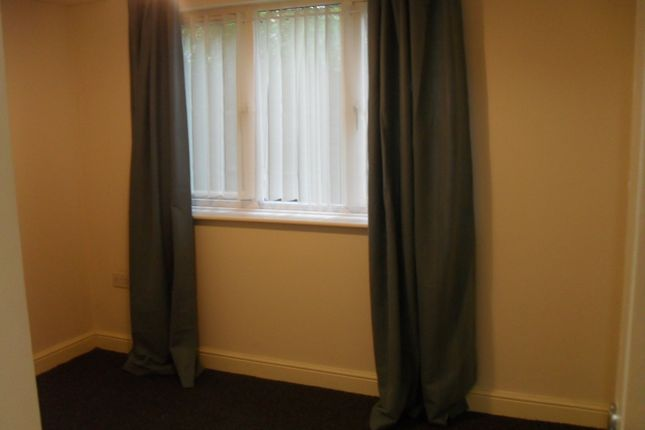 Thumbnail Flat to rent in Cliffield View, Swinton, Rotherham