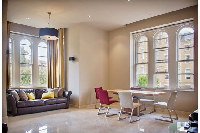 Thumbnail Flat for sale in Royal Drive, London