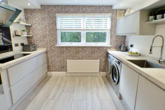 2 bed flat for sale in lymekilns road stewartfield east for Beds east kilbride