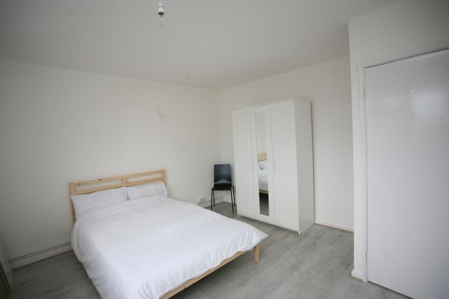 Thumbnail Shared accommodation to rent in Paradise Road, London