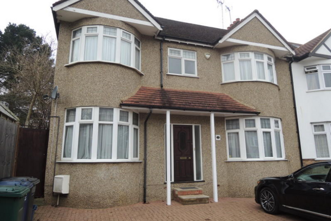 Thumbnail Semi-detached house to rent in York Road, New Barnet