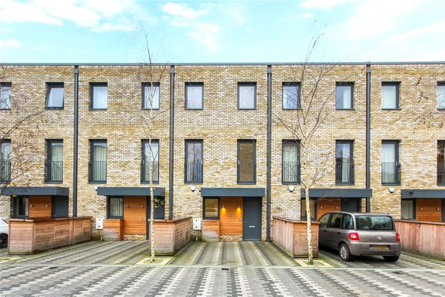 5 bed mews house for sale in Beatrice Place, Southfields, London SW19