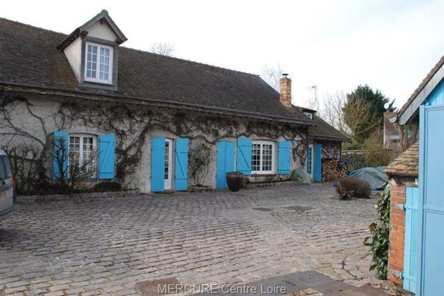 Thumbnail Property for sale in Chartres, Eure-Et-Loire, 28000, France