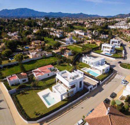 5 bed villa for sale in Calle Emilio De La Cerda, 3-2, 29002 Málaga, Spain