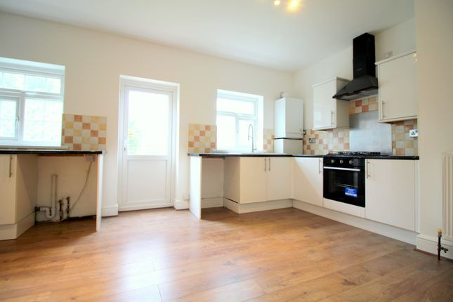 Thumbnail Terraced house to rent in Stanhope Gardens, Ilford, Essex