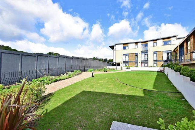 1 bed flat for sale in Crabble Hill, Dover, Kent