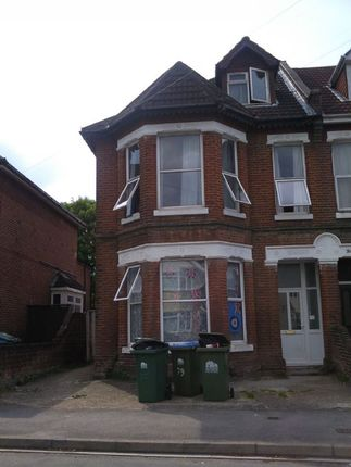 Thumbnail Semi-detached house to rent in Westridge Road, Portswood, Southampton