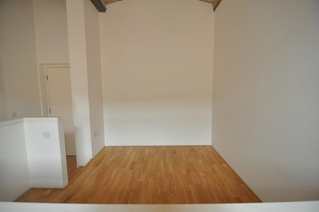 Bedroom Area of Lilycroft Road, Bradford BD9
