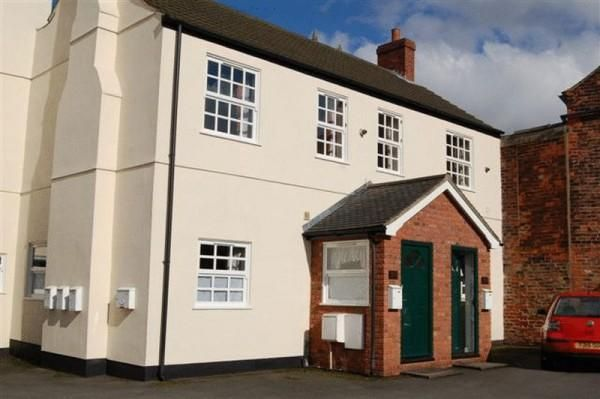 Thumbnail Town house to rent in Elwes Street, Brigg
