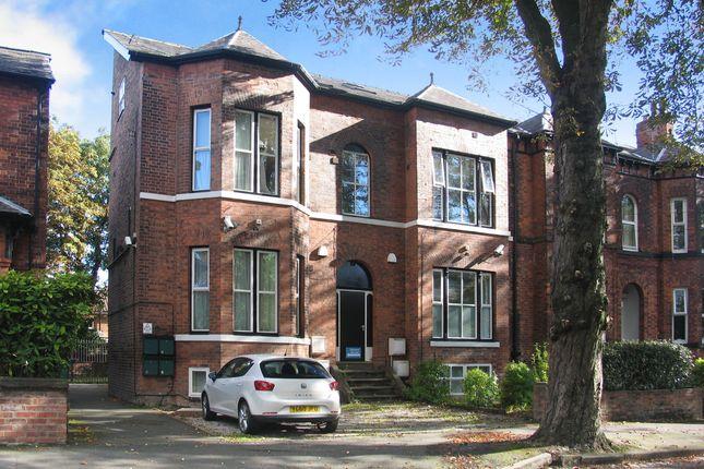 Thumbnail Flat to rent in Flat 1 17 Clifton Avenue, Fallowfield