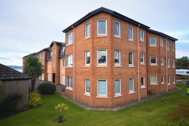 Thumbnail Flat for sale in Queens Court, Helensburgh, Argyll & Bute