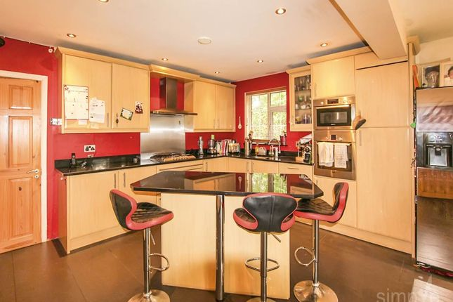 Thumbnail Property to rent in Central Avenue, Hayes, Middlesex