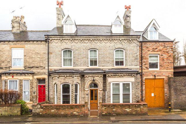 Thumbnail Flat to rent in Huntington Road, York