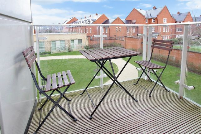 Thumbnail Flat for sale in Great Northern Road, Cambridge