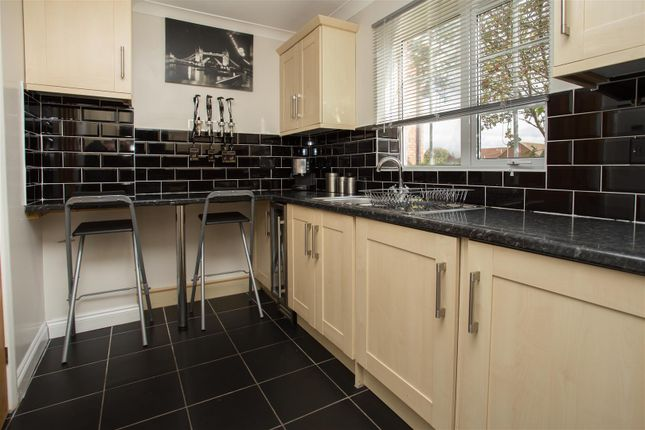 Thumbnail Property to rent in Webster Road, Aylesbury