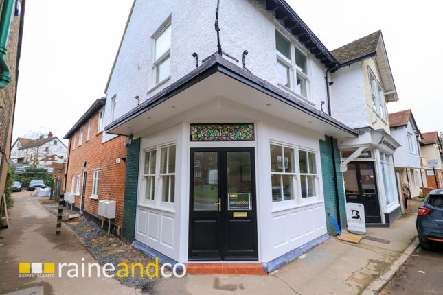Thumbnail Flat for sale in Park Street, Old Hatfield