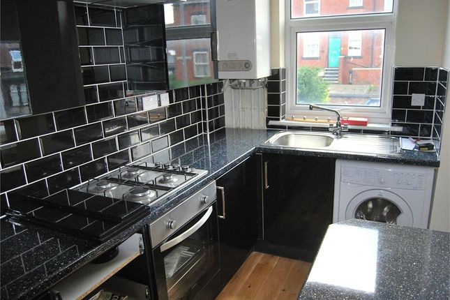 Thumbnail Terraced house to rent in Royal Park Mount, Hyde Park, Leeds