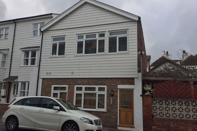 Thumbnail Flat to rent in Marine Road, Eastbourne