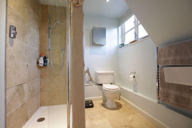 En Suite of Aldworth Road, Upper Basildon, Reading RG8