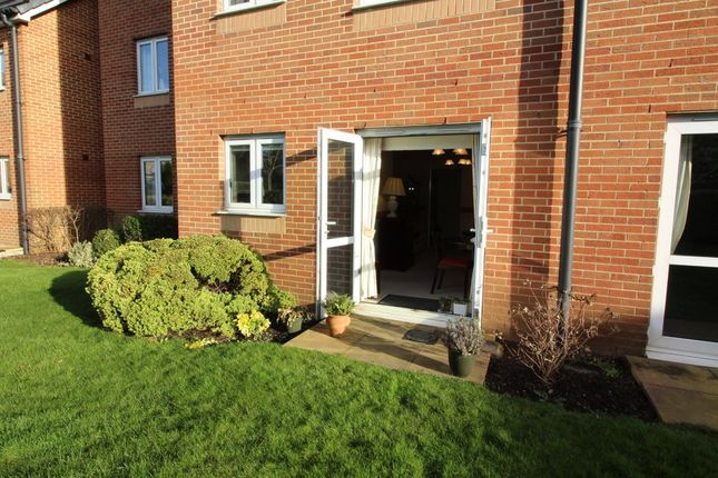 2 bed flat for sale in New Station Road, Fishponds, Bristol