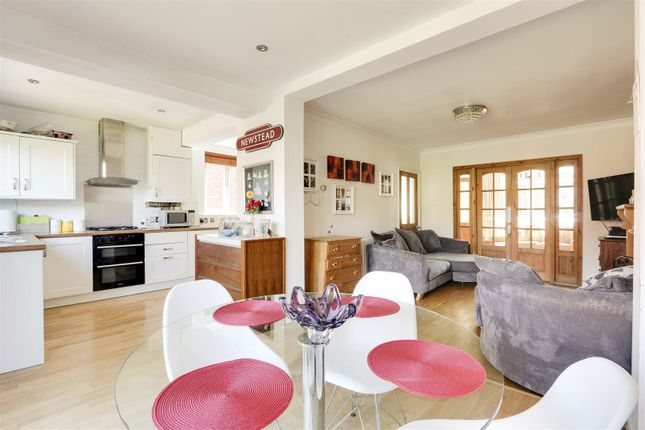 18451 of Kingswell Road, Arnold, Nottinghamshire NG5