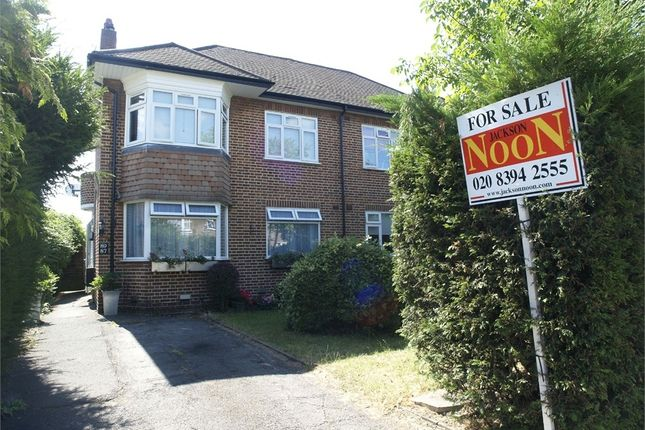 Thumbnail Maisonette to rent in Fullers Way South, Chessington