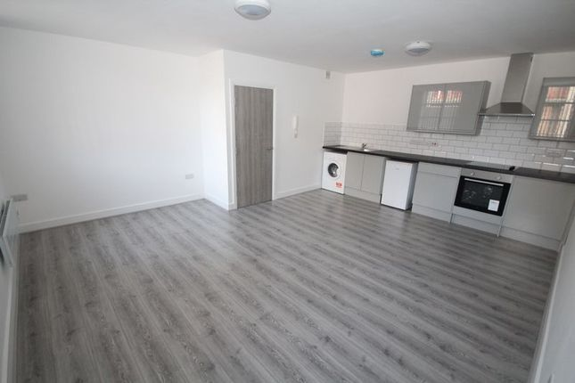 Thumbnail Flat to rent in Apt 5, Smith Street, Rochdale