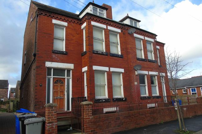 Thumbnail Flat to rent in Delamere Road, Urmston, Manchester