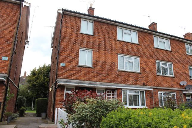 Thumbnail Maisonette to rent in Croft Lodge Close, Woodford Green