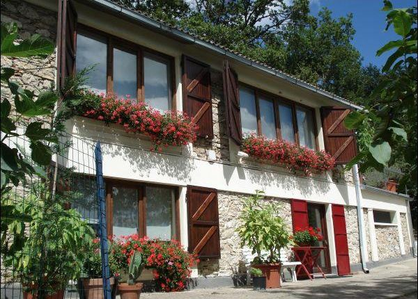 4 bed property for sale in Abruzzi, Italy
