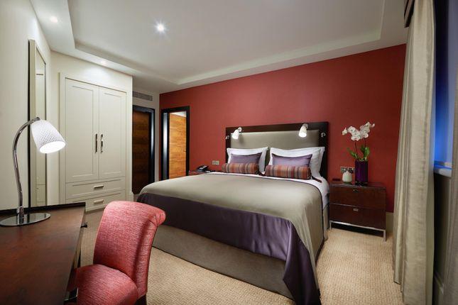 Thumbnail Flat to rent in The Taj Buckingham Gate, London
