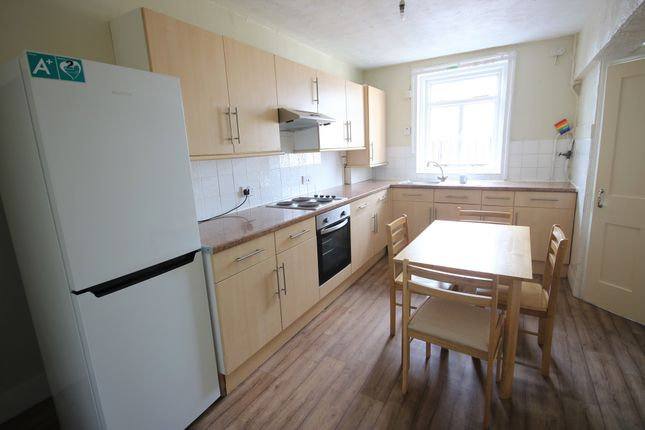 Thumbnail Flat to rent in Brunswick Place, Brighton