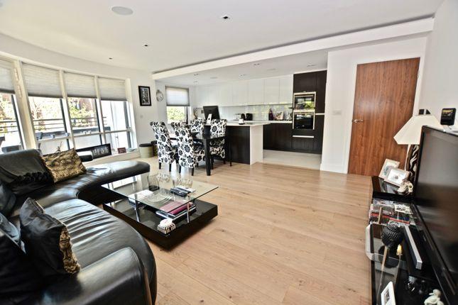 Open Plan Living of 8 Kew Bridge Road, Brentford TW8