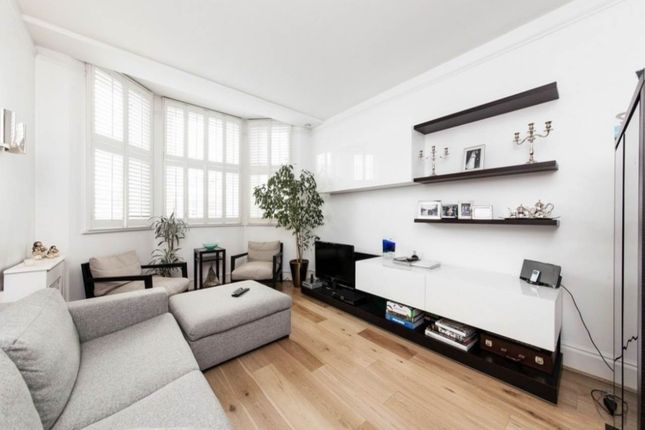 2 bed property to rent in Kensignton Mansion, Trebovir Rd, London SW5